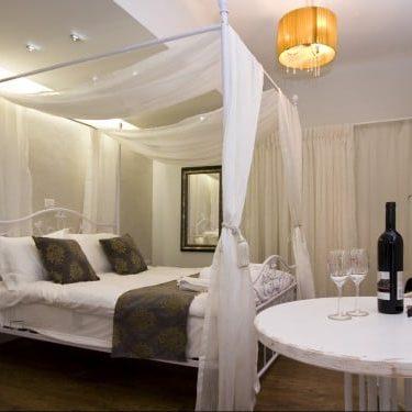 מיטה ויין בצימר 2