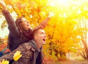 זוג שמח אחרי מציאת זוגיות