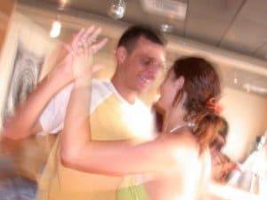 מהי אהבה - זוג רוקד