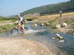 טיול אופניים לתחנת הנזירים נחל ציפורי