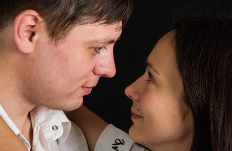 שפת גוף בין גבר לאישה
